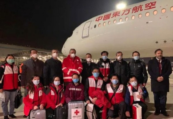 中国医疗队支援意大利,背后有三个原因