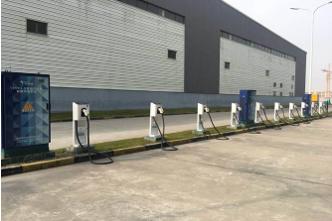 """苏宁帮客发力""""新基建"""",新能源汽车充电桩服务增长70%"""