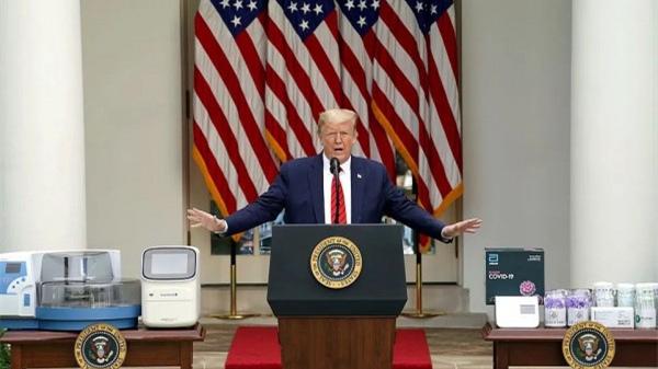 """为了鼓励雇员上班,白宫终于下了""""口罩令""""!可是,""""特朗普宝宝""""不乐意了……"""