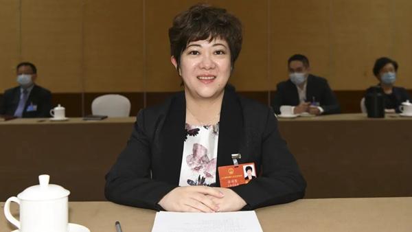 徐珏慧代表:建议将未成年人性同意年龄提高至16周岁