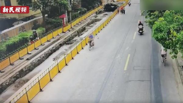 视频 | 上海中考首日一考生跑错考场 民警10分钟疾驰七公里及时送达