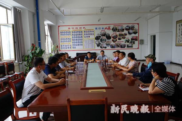 上海援疆喀什大学工作队赴新疆理工学院学习交流