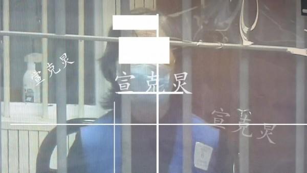 3年骗了老板近800万!上海71岁女财务被判12年,女儿女婿不见踪影
