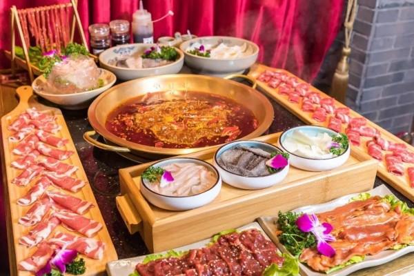 网红火锅被爆两年制售2吨地沟油,上海也有多家分店!