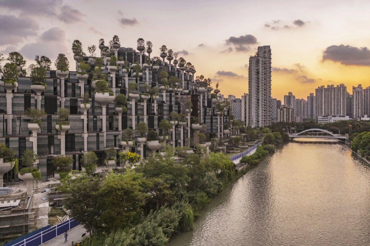 上海再迎世界级新地标!犹如古巴比伦空中花园!未开放已火爆全球