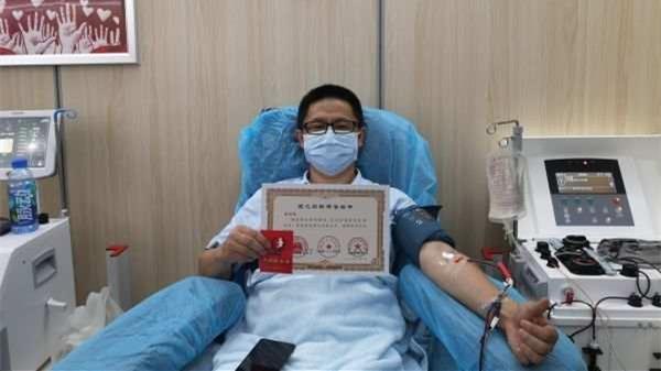 武汉一新冠康复者百余天里连续十一次捐献血浆
