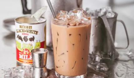 用过期奶油做奶茶!85度C、桂源铺、满记甜品被罚!
