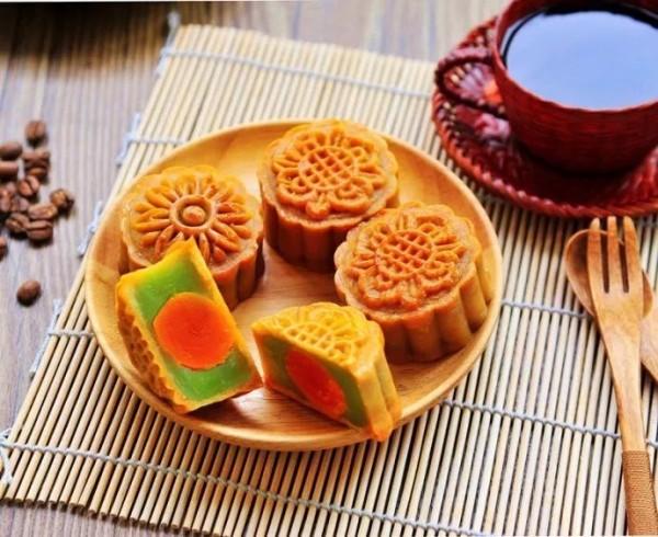 上海爷叔中秋说月饼!老干妈猪肉月饼、蒜泥月饼太奇葩!还是怀念老底子额味道!