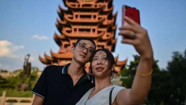 """""""黄金周plus""""冰火两重天:没了中国游客的世界很怀念过去的美好时光"""