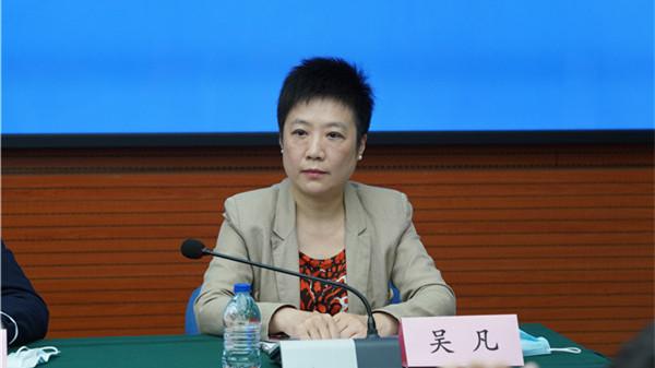 """上海市疫情防控发布会   专家:这是个偶发病例 让健康习惯成为每个市民的""""无形防护服"""""""