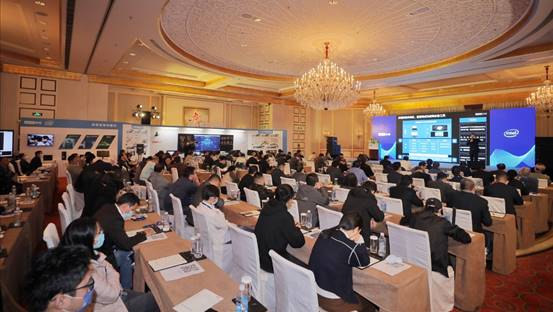 联想智慧中国行走进魔都 打造智慧教育新生态