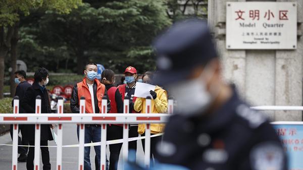 """对话意外滞留明天华城的网约车司机彭辉:既然被""""困住""""了,那就做些有意义的事"""