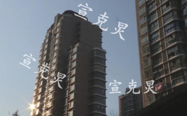 真的光火了!上海一80后爸爸辅导功课,竟然点燃儿子作业本!还扔下高楼!