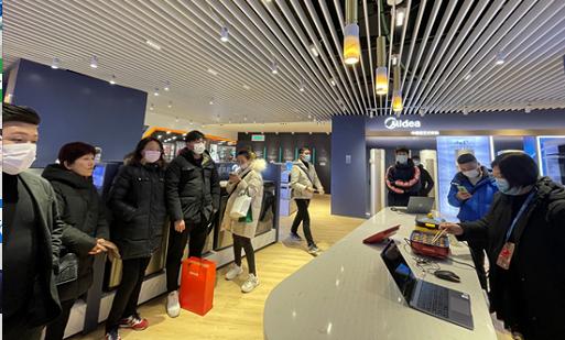 """X-BOX体验区、空气体验间、5G体验馆…苏宁浦东第一店打造""""一站式购齐""""场景新体验"""