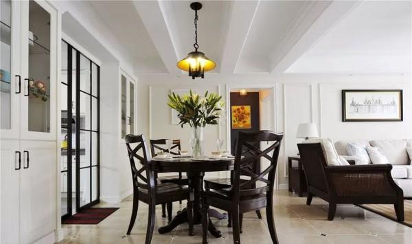 130平的现代美式风三居室,简单的石膏线就很好看