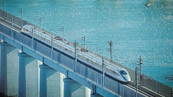 太嗲!中国最美海上铁路通啦!上海动车直达绝美小岛!