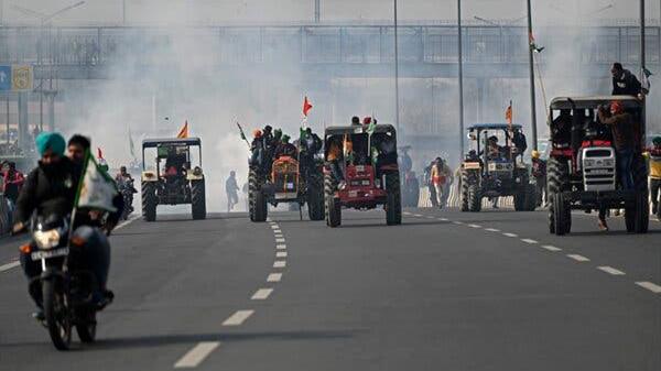 """印度农民大闹""""国庆阅兵"""",这还不是最可怕的"""