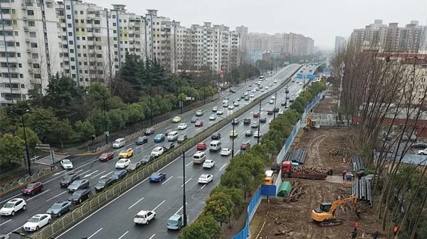 终于!浦东大道将于今年12月底恢复6车道