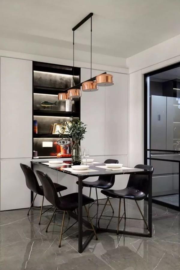 怎样的餐厅更好看?餐桌椅和餐边柜很关键,搭配非常重要