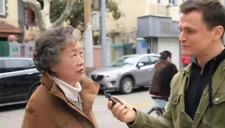 73岁上海奶奶硬核英语惊呆路人!88万网友为她点赞!