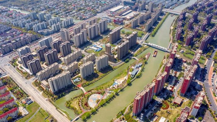 今年,上海有1.27万户农民将集中居住,还要在郊区做这些大事