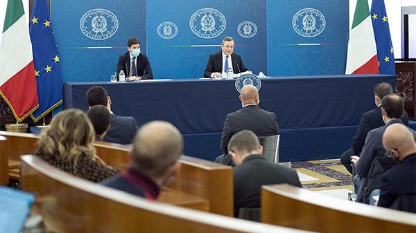 意大利总理:预计本月26日起放松疫情管控