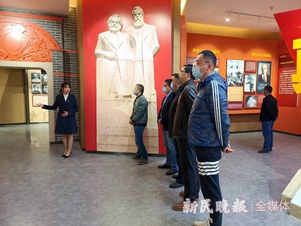 上海援疆教师工作队支部参观喀什大学思政教育基地