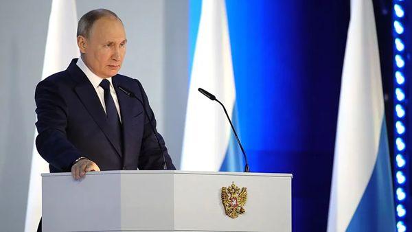 """普京国情咨文演讲,话不多但""""够狠"""":谁也阻挡不了""""前进的俄罗斯""""!"""