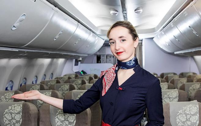 法国姑娘在上海当空姐,还找了个上海老公!