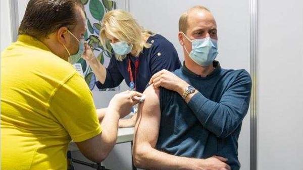 英国威廉王子接种首剂疫苗 曾于2020年感染新冠