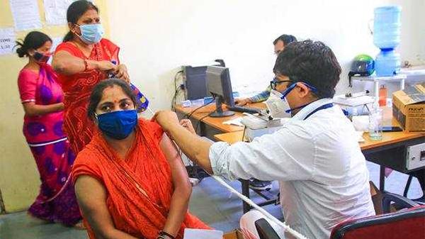 印度新增确诊208921例,累计确诊超2715万例