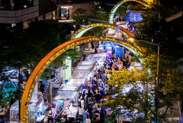 逛吃逛吃!上海市中心最嗲最洋气的早市+夜市来了!承包你整个周末的快乐!