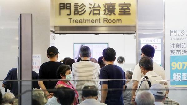 台湾新增286例本土病例 连续28天超百例 新增死亡病例24例