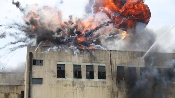 上海举行大跨度厂房灾害事故应急处置实战化演练