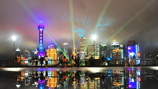 5个发生在你我身边的故事,讲述上海这座城市的梦想与奇迹!