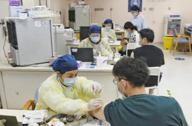 打疫苗第二针比第一针疼?上海疾控官方解释来了!