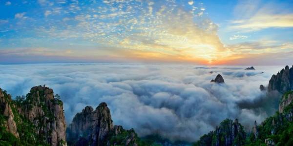 """25℃,这是什么""""神仙温度""""!打卡黄山这些网红景点清凉""""一夏"""""""