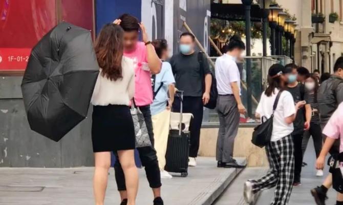 上海市中心又现街头拉客?PUA、打感情牌…不少女性中招!