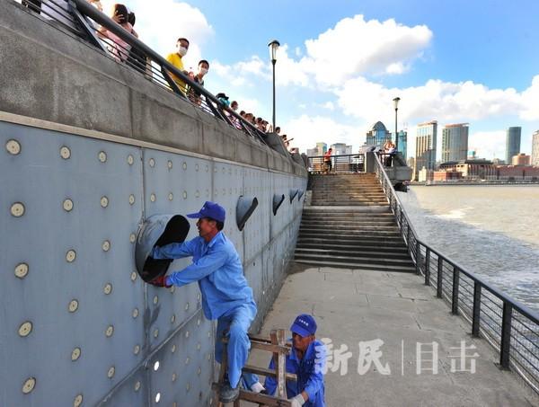 """台风""""烟花""""逼近上海   防汛防台在行动"""
