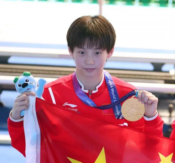 05后上海姑娘,6岁体操转跳水,15岁拿奥运冠军!吴敏霞后继有人!