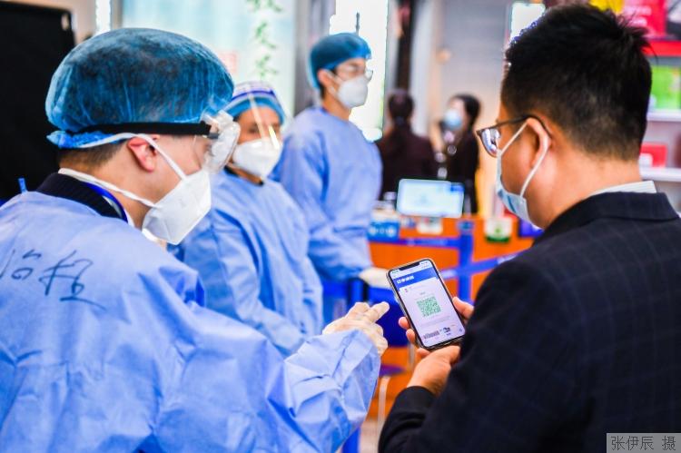 德尔塔太凶!南京8天确诊+153!已有6省10多地出现感染者!专家:打了疫苗≠不会感染