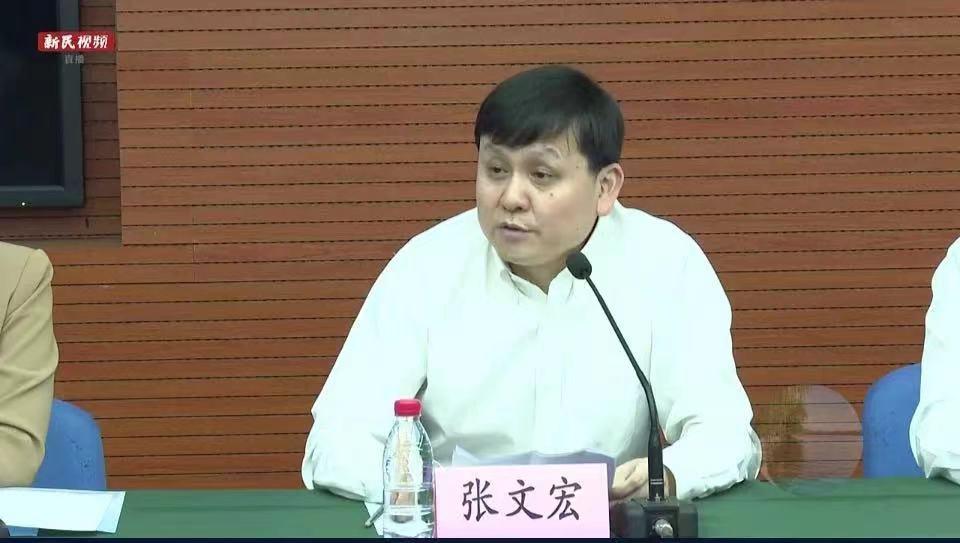 张文宏:广快早阻击疫情!上海本土确诊+1,浦东机场工作!直击不眠夜→