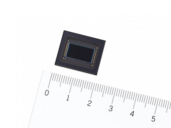 索尼发布安防用4K CMOS图像传感器,动态范围约为前代产品*18倍  高品质成像适用于AI图像处理,构筑更加安全有保障的社会