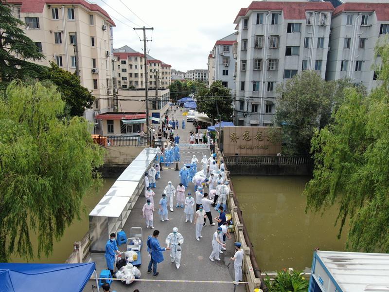 上海昨今新增2+3例确诊!部分医院暂时停诊!关于疫苗保护率,钟南山最新发声!