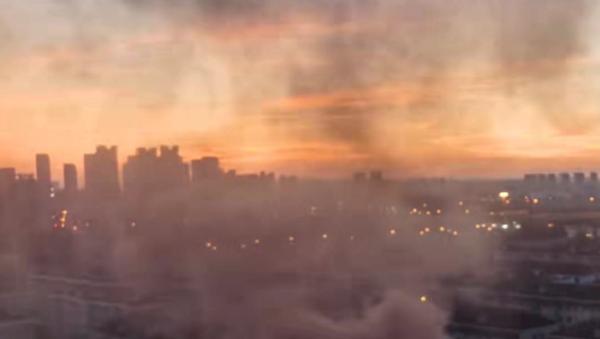 视频 | 上海一小区机动车着火,消防20分钟扑灭,无人受伤