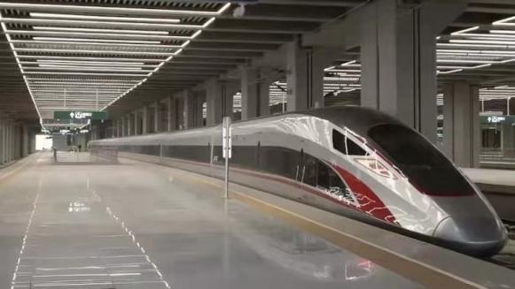 10月11日零时起 全国铁路实行新的列车运行图