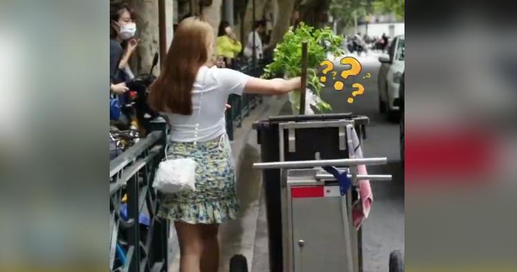 过分了!上海网红菜场门口,女子一个动作惊呆路人!