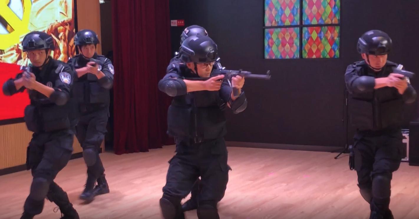 视频 | 硬核课堂!上海陆家嘴的这堂社区安全课挺特别