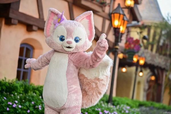 """上海迪士尼""""川沙妲己""""加价也难买!有人排队7小时,连毛都没摸到!"""